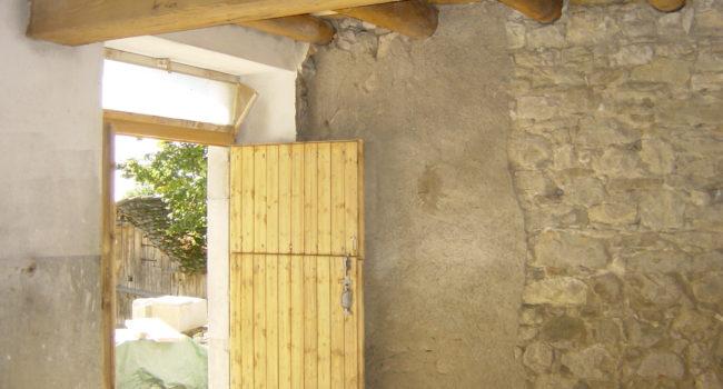 Décapage sablage aerogommage hydrogommage poutres bois chalets bois Aerotech66 Perpignan Pyrénées-Orientales 66